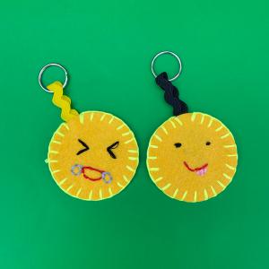 emoji keychain 800x800 1