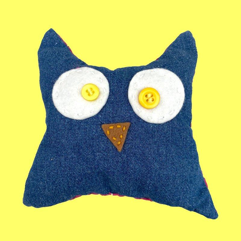 sew what owlie